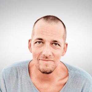 Speaker - Stefan Hiene